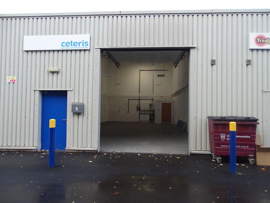 Alloa Industrial Estate Unit 7 Exterior and Interior view